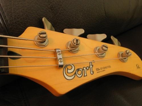 CORT GB64 Bass